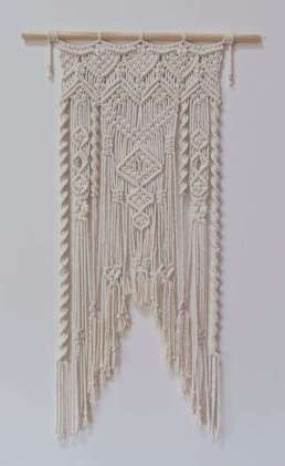 DECORATIVE WALL HANGINGS 56