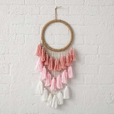 DECORATIVE WALL HANGINGS 6