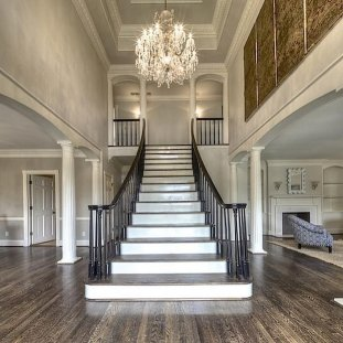 Grand Staircase 19