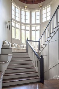 Grand Staircase 47