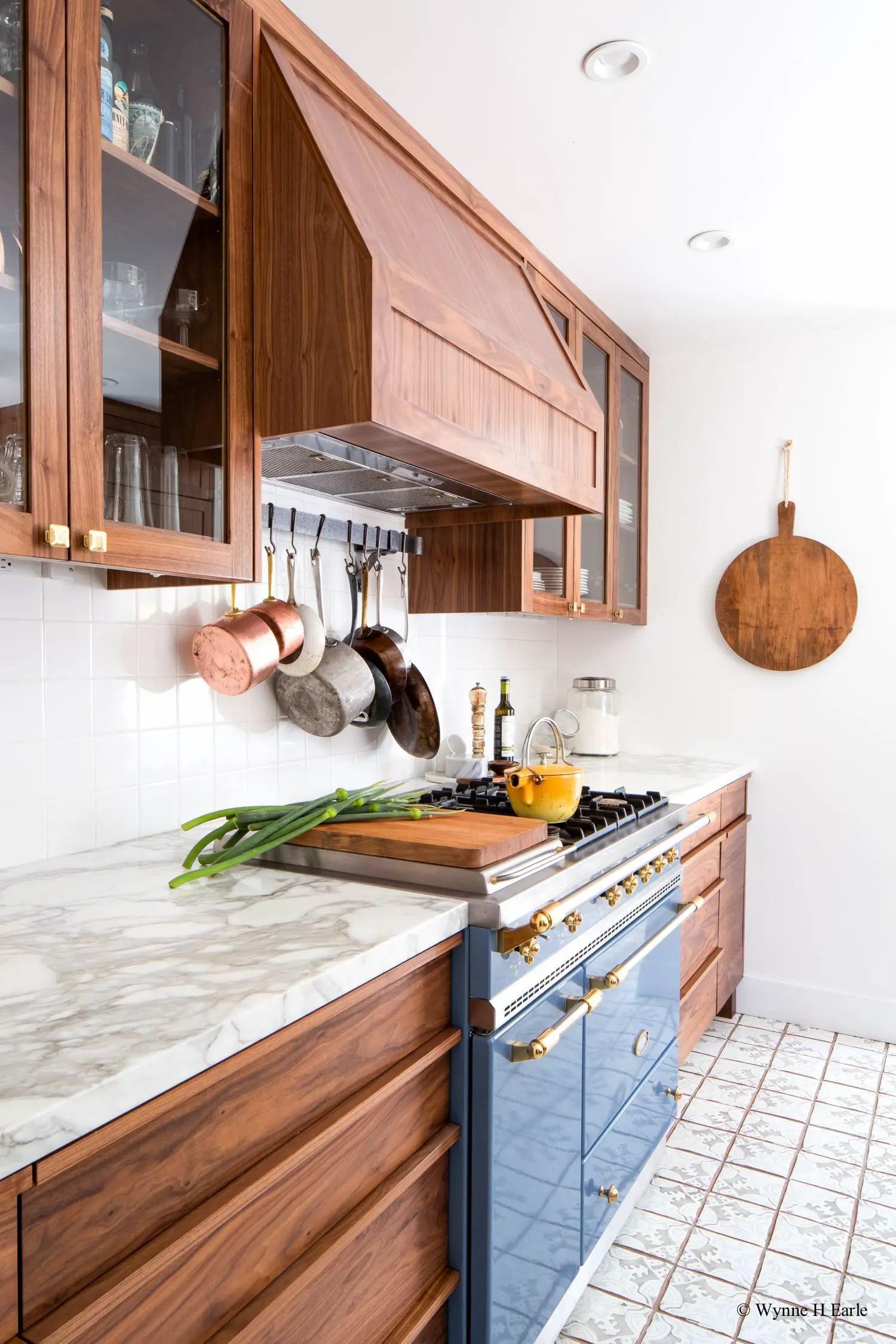 Modern Walnut Kitchen Cabinets Design Ideas 10 - decoratoo