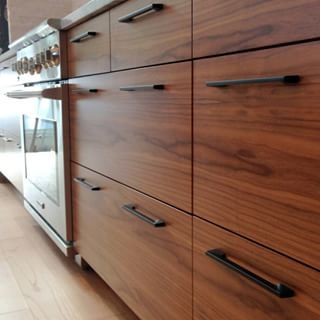 Modern Walnut Kitchen Cabinets Design Ideas 45