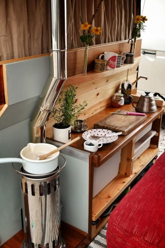 Camper Van Interior Ideas 52