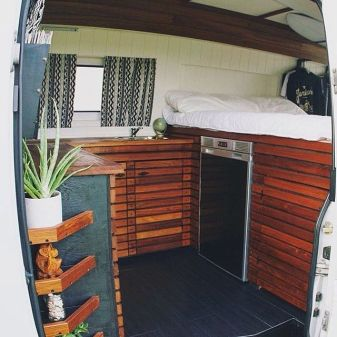 Camper Van Interior Ideas 57