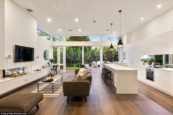 Bright Living Room Decor Ideas 117