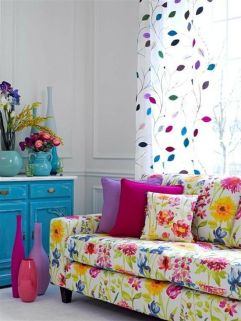 Bright Living Room Decor Ideas 22