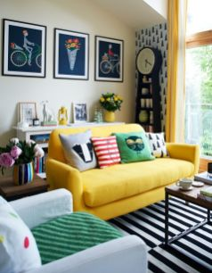 Bright Living Room Decor Ideas 41