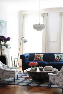 Bright Living Room Decor Ideas 55