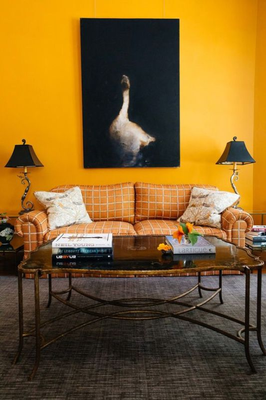 Bright Living Room Decor Ideas 7
