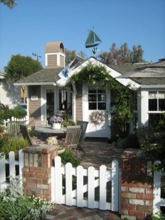 California Beach House 19