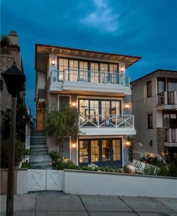 California Beach House 22