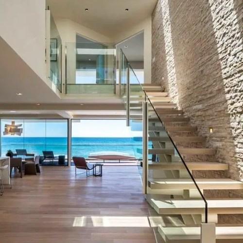 California Beach House 81