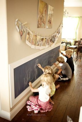 Chalk Wall Bedroom Ideas 36