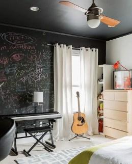 Chalk Wall Bedroom Ideas 68
