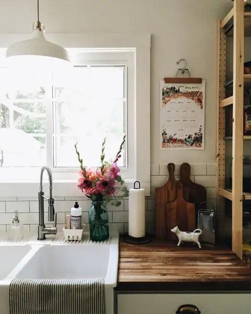 European Farmhouse Kitchen Decor Ideas 64