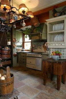 European Farmhouse Kitchen Decor Ideas 86