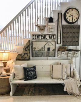 Farmhouse Gallery Wall Ideas 119