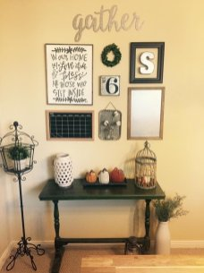 Farmhouse Gallery Wall Ideas 134