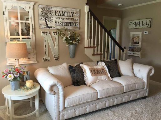 Farmhouse Gallery Wall Ideas 19