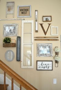 Farmhouse Gallery Wall Ideas 21