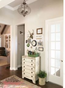 Farmhouse Gallery Wall Ideas 41