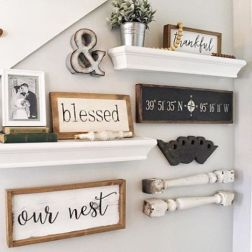 Farmhouse Gallery Wall Ideas 76