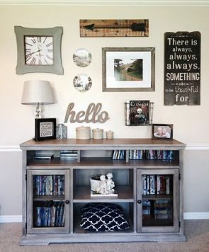Farmhouse Gallery Wall Ideas 93