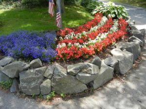 Flower Beds In Front Of House 139