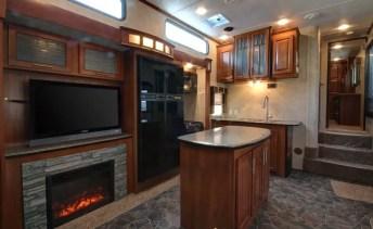 Motorhome RV Trailer Interiors 118