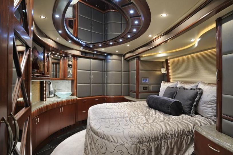 Motorhome RV Trailer Interiors 32