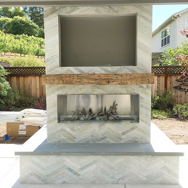 Reclaimed Wood Fireplace 119