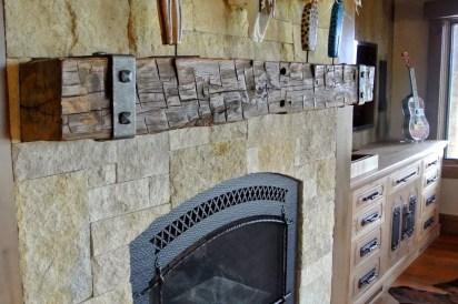 Reclaimed Wood Fireplace 122