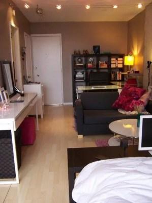 Small Apartment Bedroom Decor 18