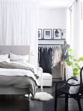 Small Apartment Bedroom Decor 21