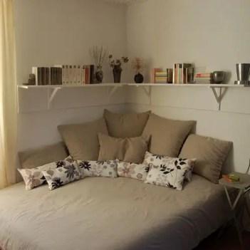 Small Apartment Bedroom Decor 39