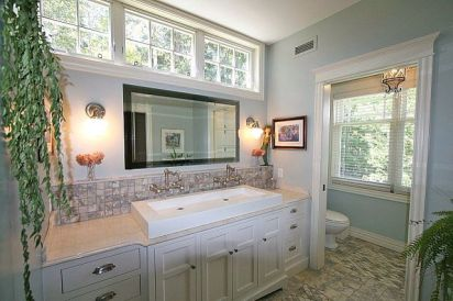 Tiny Master Bathroom 113