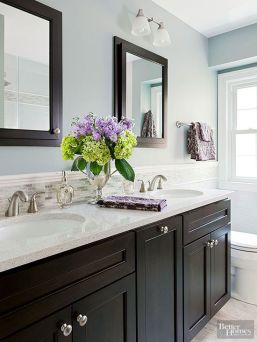 Tiny Master Bathroom 21