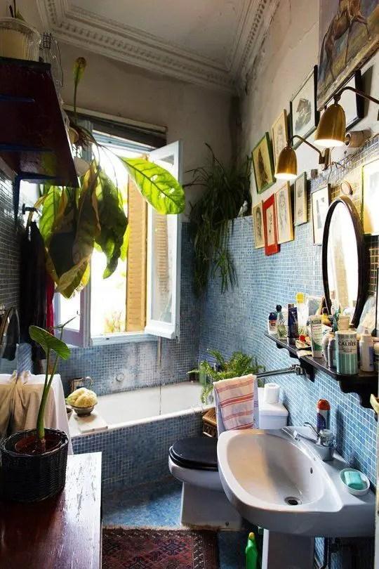 Tiny Master Bathroom 57