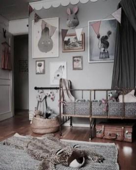Vintage Room 139