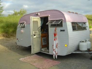 Vintage CampersTravel Trailers 187