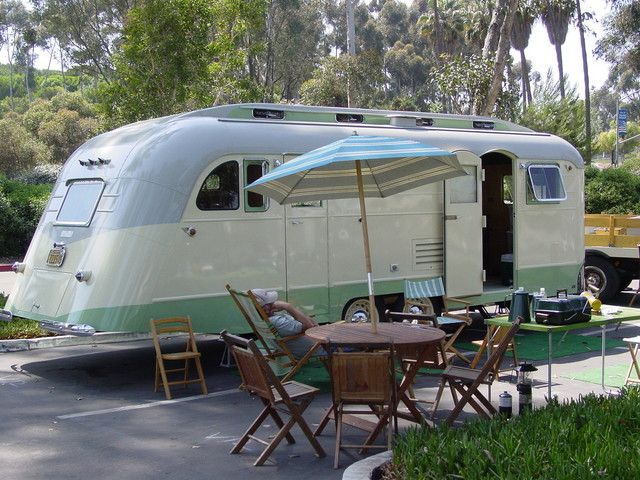 Vintage CampersTravel Trailers 212