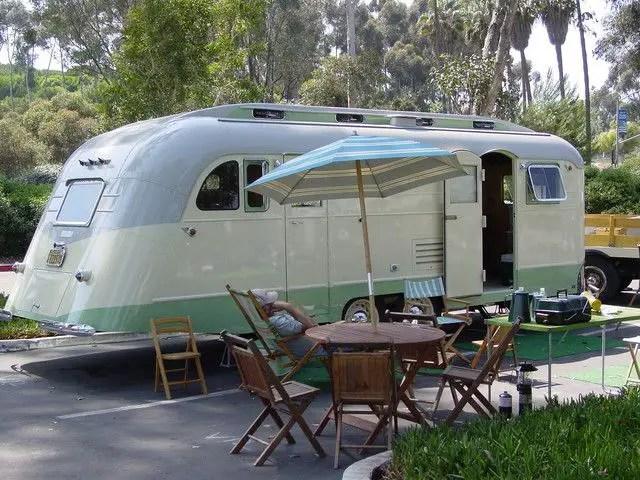 Vintage CampersTravel Trailers 212