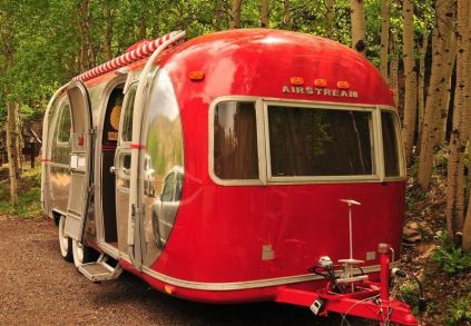 Air Streams Dream Campers 115