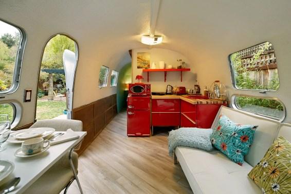 Air Streams Dream Campers 82