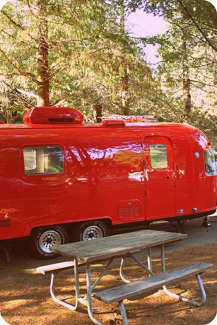 Air Streams Dream Campers 89