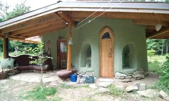 Cob Homes 150