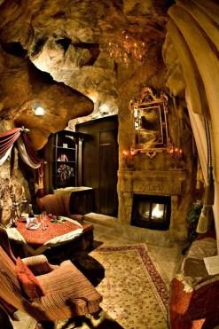 Hidden Rooms 131