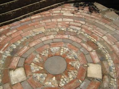 Mosaic Patio 119