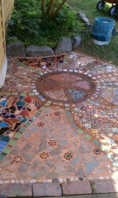 Mosaic Patio 69