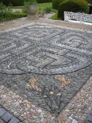 Mosaic Patio 90